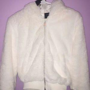Warm ,cozy ,fluffy, faux fur jacket